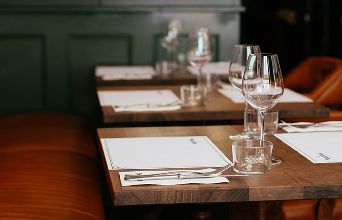 Places to eat in wimbledon - image of restaurant table